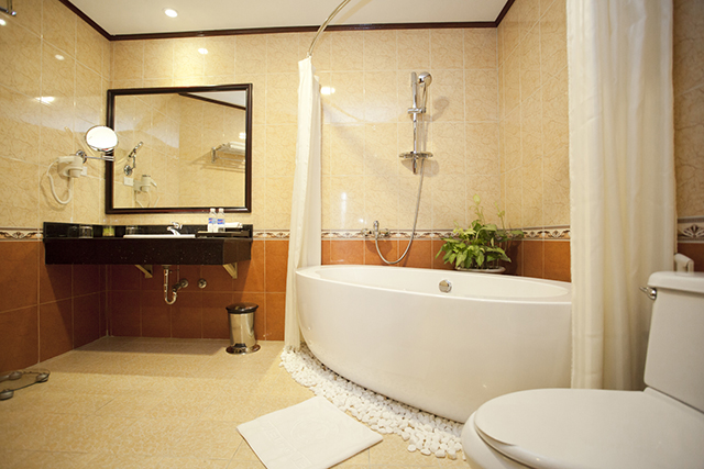 Asean Hotel - Bathroom.jpg