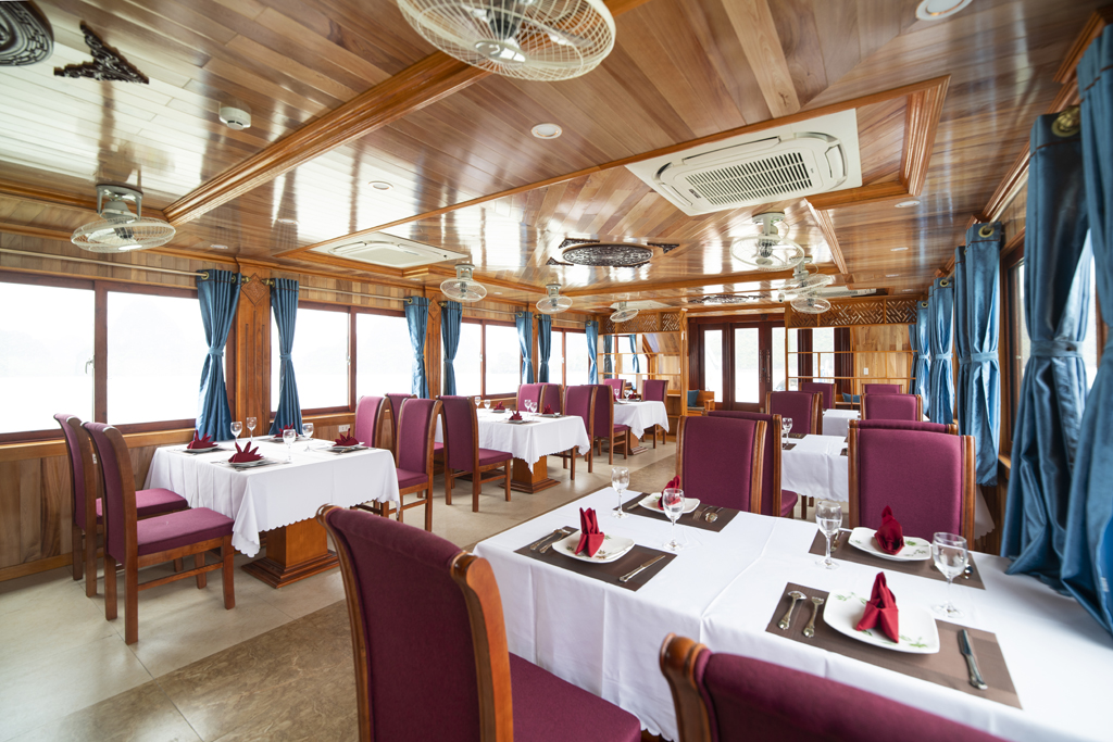 Halong - Lan Ha Bay Day Cruises