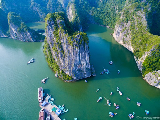 A bird's-eye view of Ha Long Bay