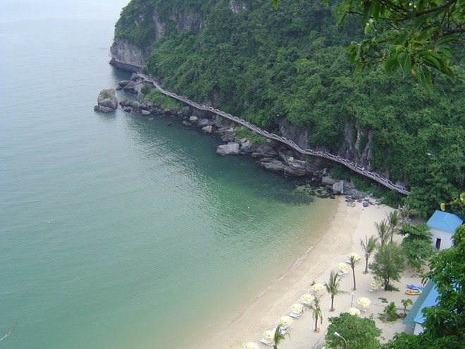 The most popular beaches in north Viet Nam