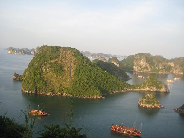 Halong bay - the word heritage site in Vietnam