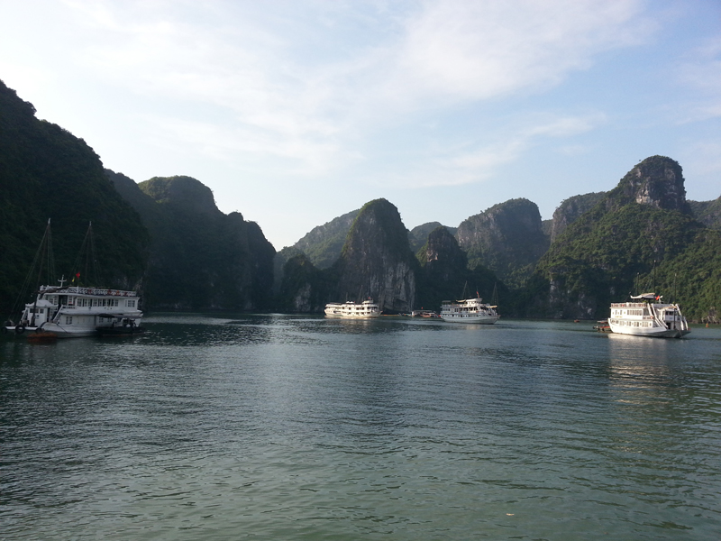 Halong Luon Cave area
