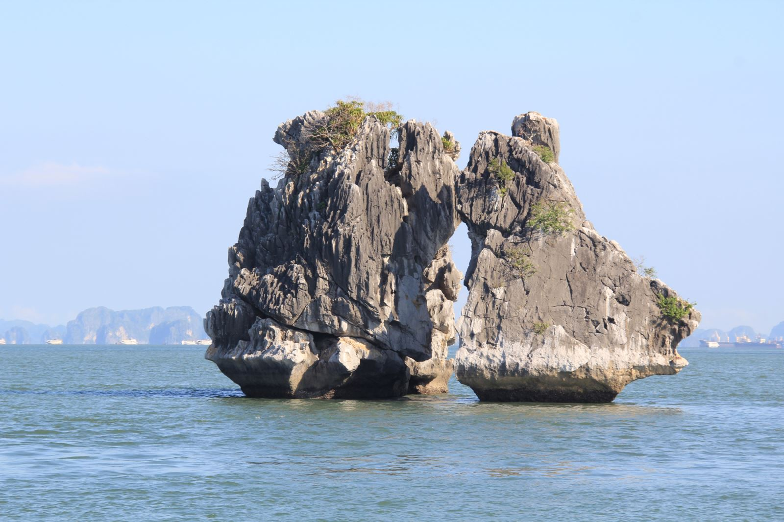 kissing chicken rock in Halong bay